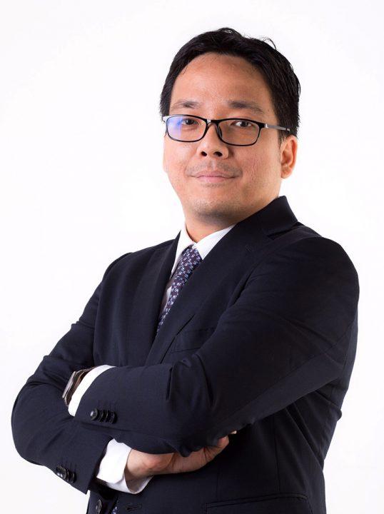 Dr. Jenyuk Lohwacharin